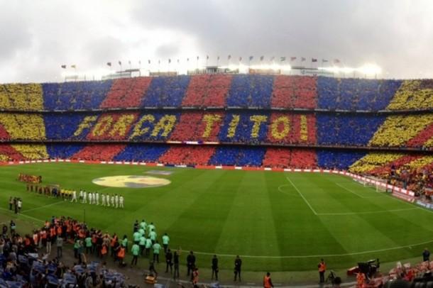 El Camp Nou homenajea a Tito Vilanova